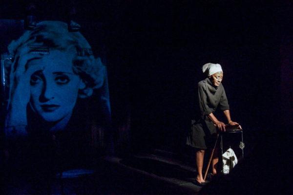 """Buenos Aires: La fundadora de la compañía """"Teatro en Sepia"""" de actrices afrodescendientes, Alejandra Egido, destacó cómo la obra performática """"Afrolatinoamericanas"""" estrenada por su compañía """"Arte en Sepia"""" en 2010 fue efectiva en mostrar similitudes entre tiempos coloniales y actuales."""
