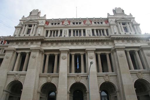 CONSIDERAN ANTICONSTITUCIONAL EL FALLO DEL TSJ SOBRE VACANTES EN ESCUELAS PÚBLICAS