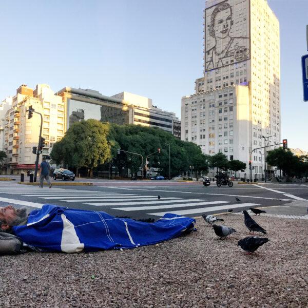 CON CRÍTICAS A LA GESTIÓN PORTEÑA ARRANCÓ EL OPERATIVO FRÍO EN LA CIUDAD