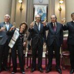 LA CORTE, EL FALLO, LES DOCENTES Y LA INJERECIA DE LA JUSTICIA EN LA POLÍTICA
