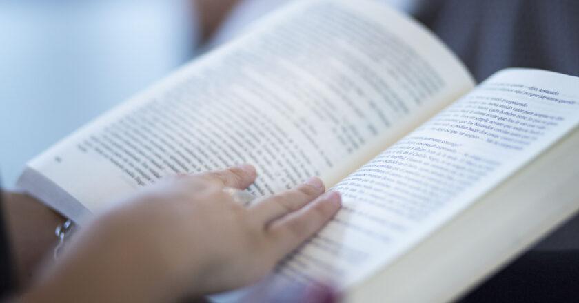 RECONFIGURAR HÁBITOS LECTORES EN UN TIEMPO DE INCERTIDUMBRE