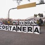"""""""ABRAZO Y BICICLETEADA"""" PARA RECHAZAR LAS TORRES EN COSTANERA SUR"""